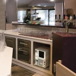 COSMETAL J-CLASS IN: erogatore d'acqua da incasso (liscia/frizzante, temp.ambiente/fredda)